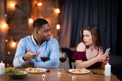 彼氏依存症かをチェック!5つの原因と克服する方法を詳しく解説します